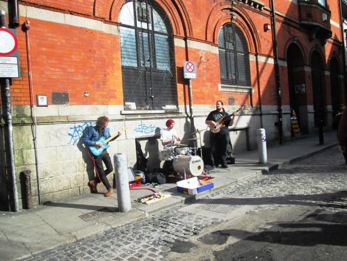 Dublin_Street Artist.jpg