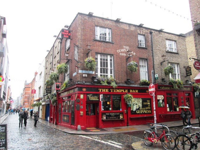 Dublin_Temple Bar.jpg